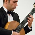 Catalin Vlad är en mycket skicklig klassisk gitarrist som det är en ren fröjd att lyssna till.