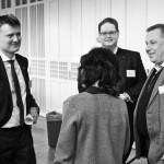 Konferensarrangörer i glatt samspråk